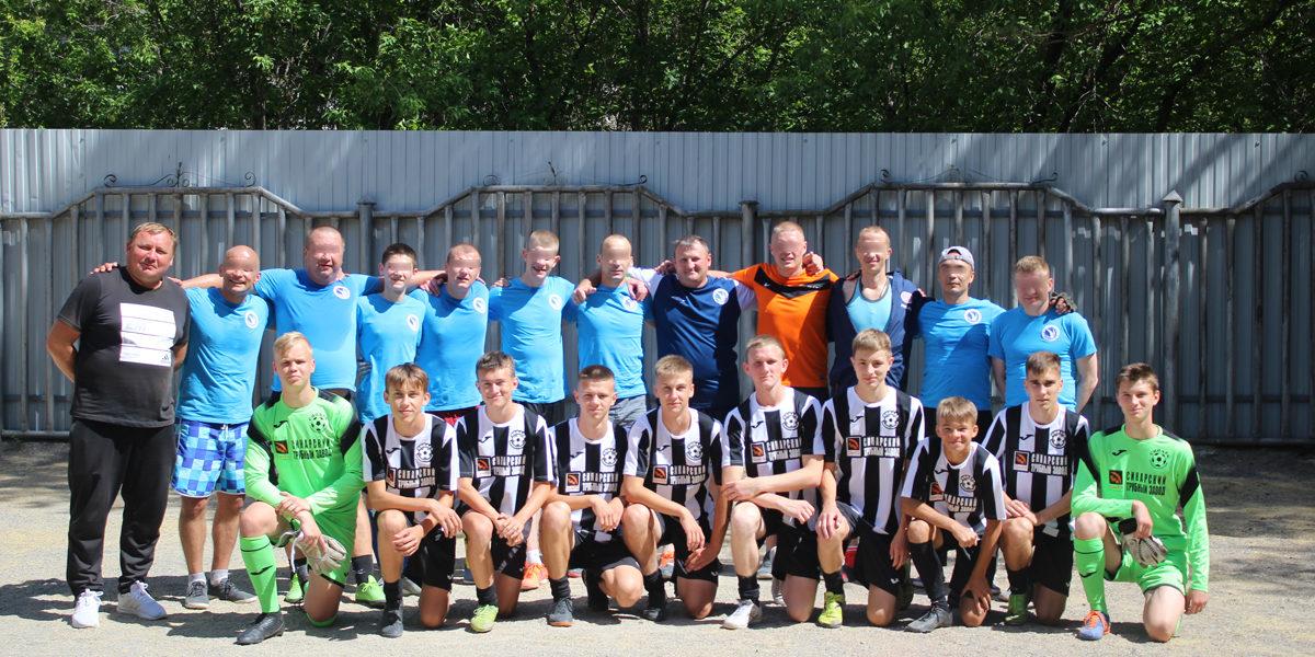 «Урал без наркотиков» посетили игроки футбольного клуба «Синара»